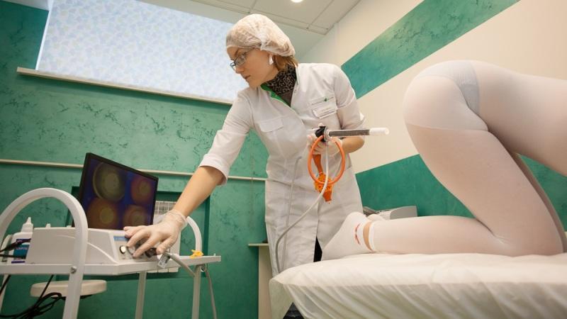 Показать на видео прием у гинеколога