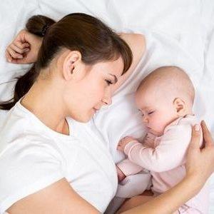 лечение запора после родов при грудном вскармливании что делать