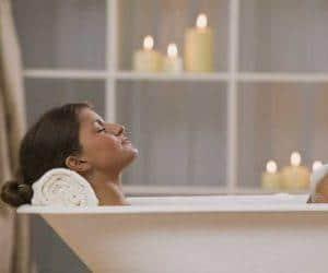 можно ли при геморрое принимать ванну горячую