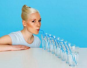 Как принимать минеральную воду при лечении запоров