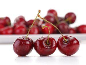Как лечить геморрой вишней с косточкой